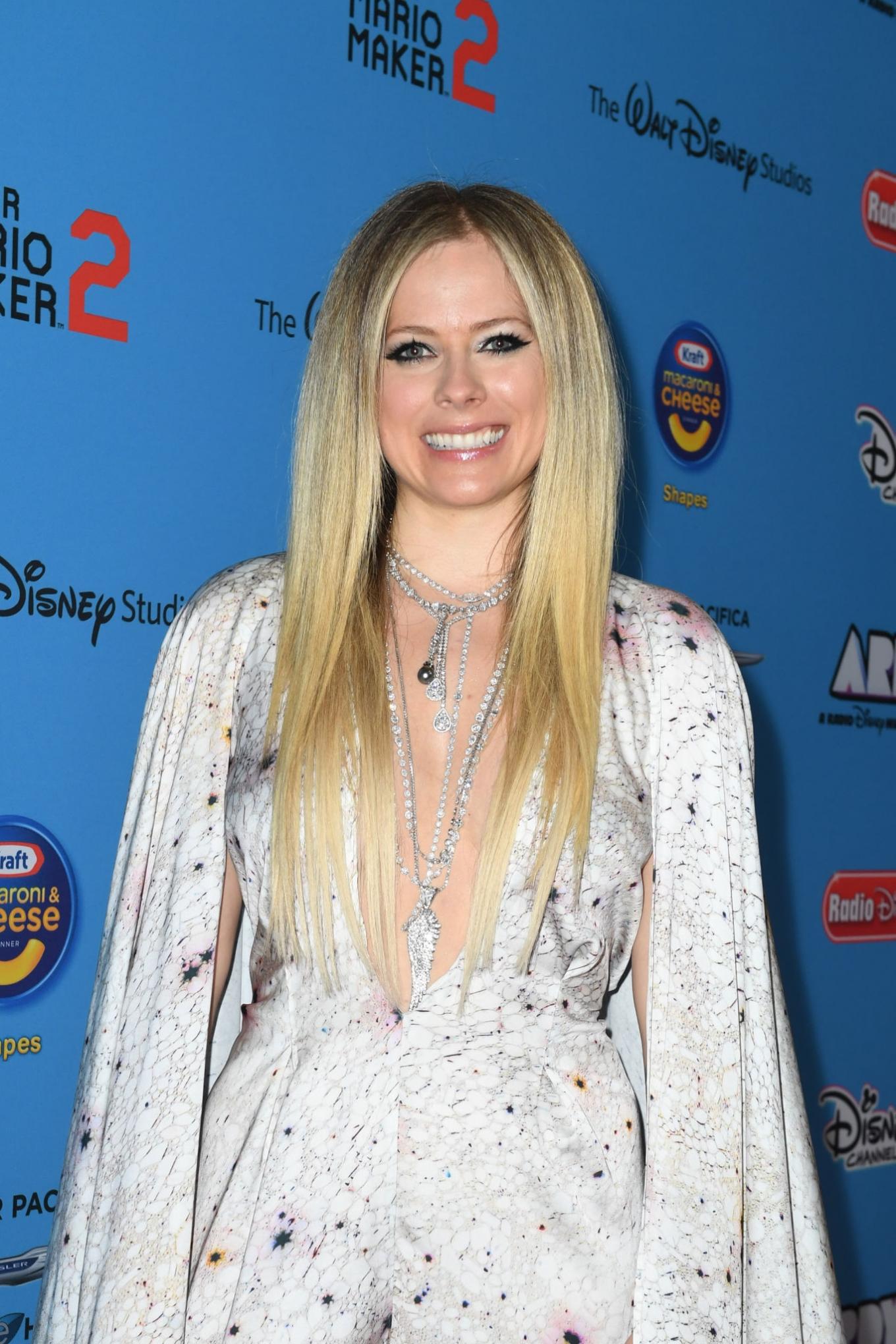 Avril Lavigne - 2019 Radio Disney Music Awards in Studio City