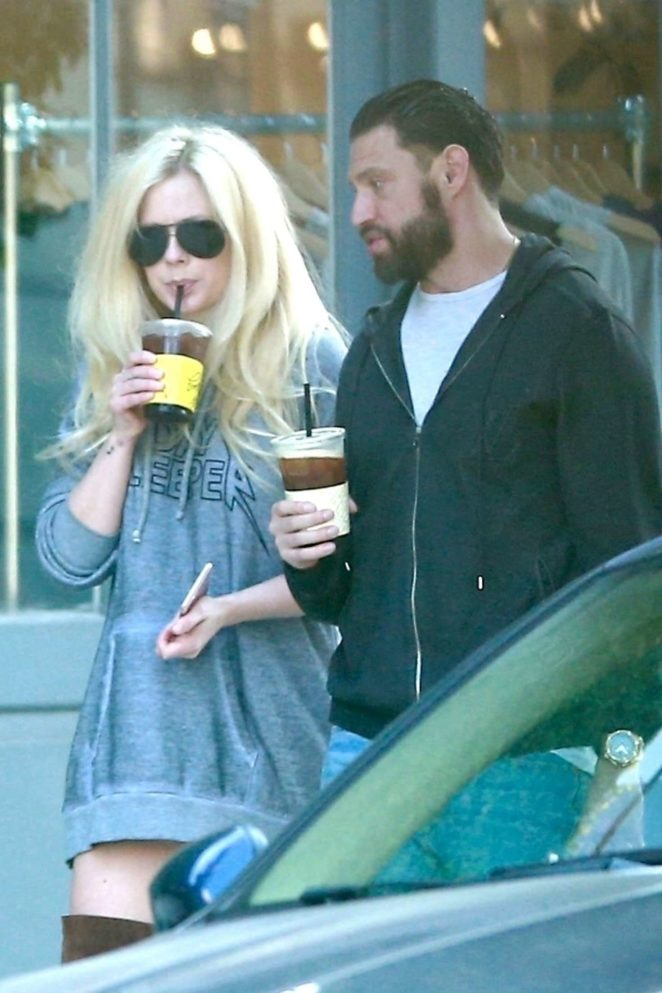 Avril Lavigne and her boyfriend Jonathan Reuven grab coffee in West Hollywood