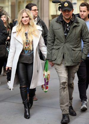 Avril Lavigne and Phillip Sarofim - Leaving SiriusXM Radio in New York City