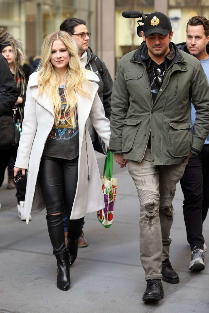 Avril Lavigne and Phillip Sarofim - Leaving SiriusXM Radio in New York City