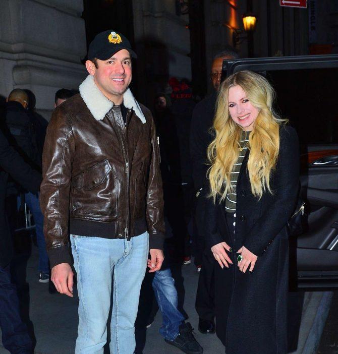 Avril Lavigne and Phillip Sarofim – Out for dinner in New York