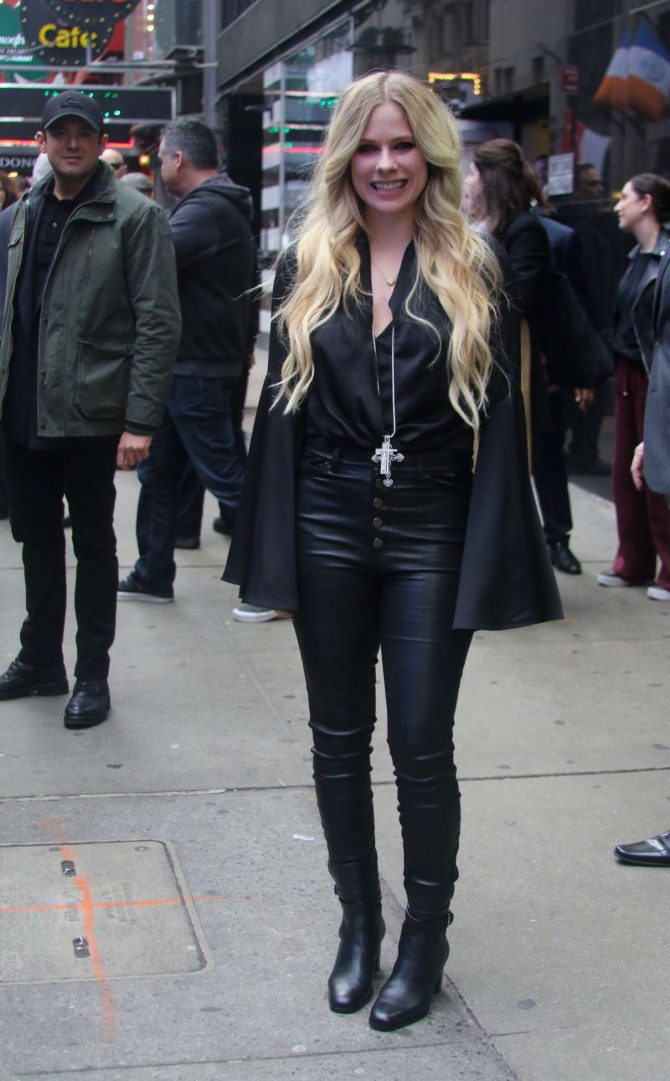 Avril Lavigne at Good Morning America show in NYC