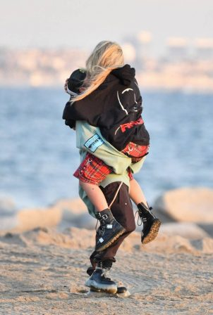 Avril Lavigne - Celebrates Mod Sun's 34th birthday on the beach in Santa Monica
