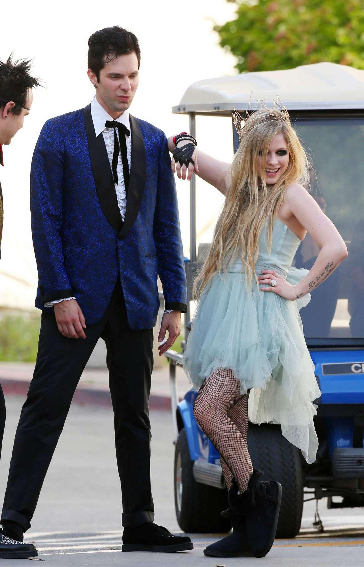 Avril Lavigne 2015 : Avril Lavigne: Filming New Music Video -05