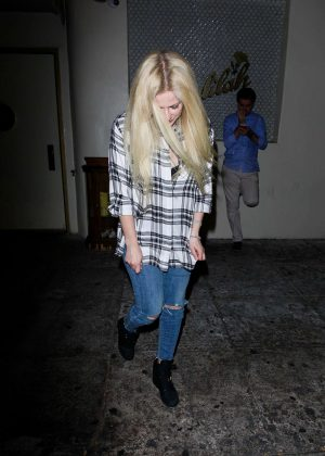 Avril Lavigne in Ripped Jeans Leaving Delilah's Restaurant in LA
