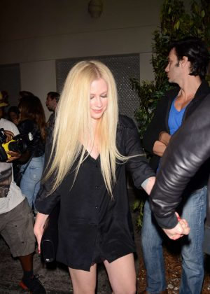Avril Lavigne - Leaving Delilah's Restaurant in LA