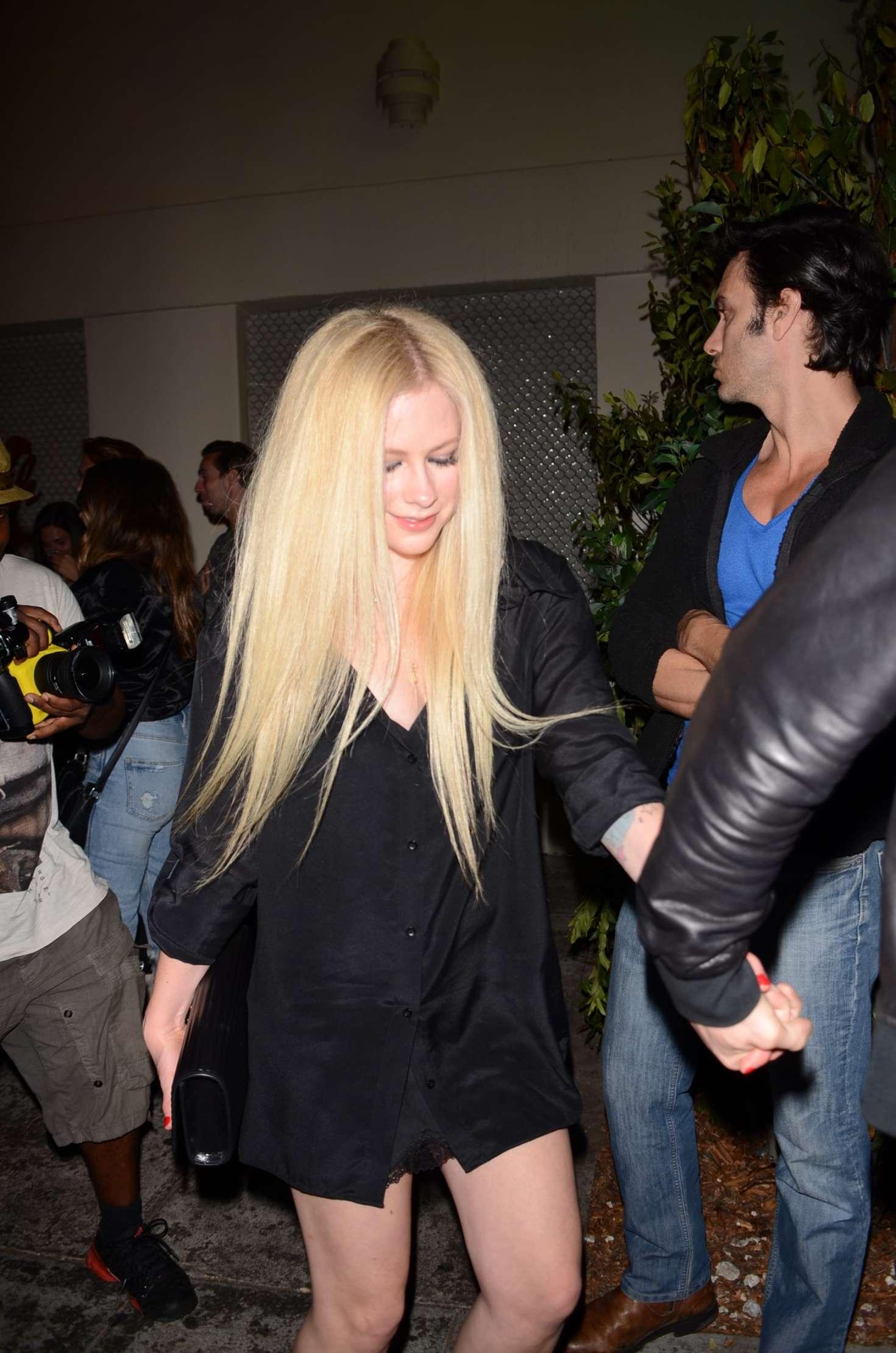 Avril Lavigne - Leaving Delilah's Restaurant in LA