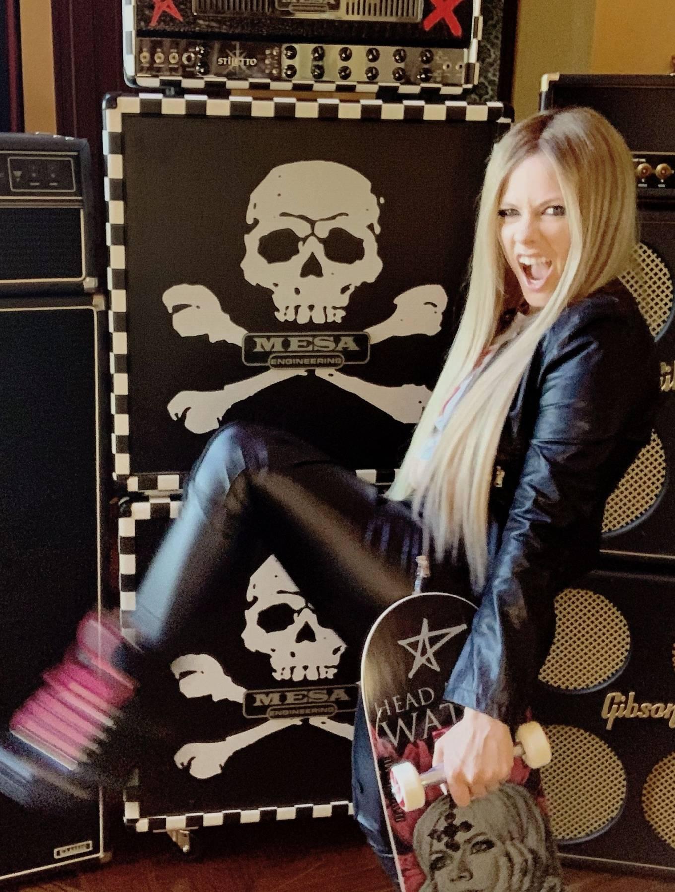 Avril Lavigne 2020 : Avril Lavigne – Nylon Magazine 2020-03