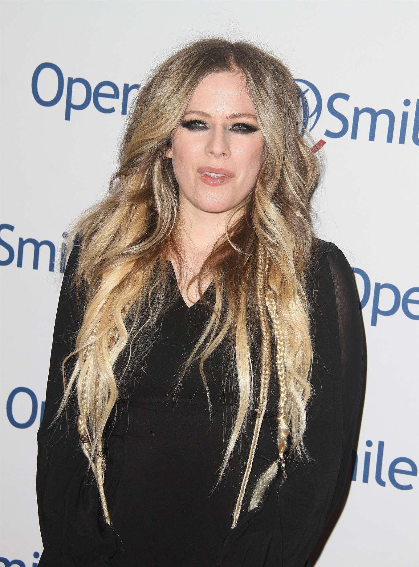Avril Lavigne 2019 : Avril Lavigne – Operation Smile Hollywood Fight Night-19