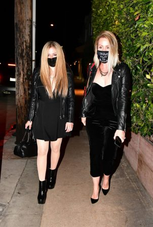 Avril Lavigne - Out for a dinner at Giorgio Baldi in Santa Monica