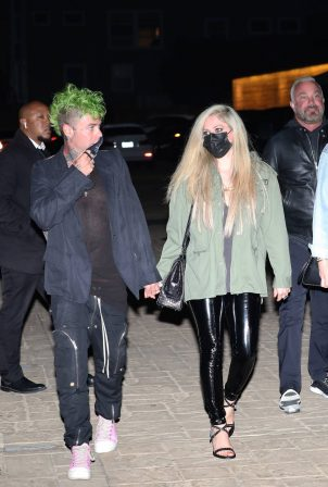 Avril Lavigne - Out for a dinner at Nobu Malibu
