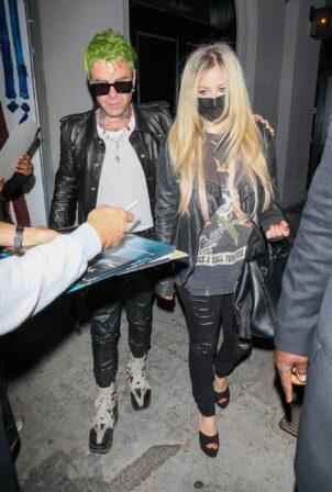 Avril Lavigne - outside Craig's Restaurant in West Hollywood