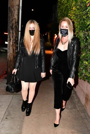 Avril Lavigne - Seen at Giorgio Baldi in Santa Monica