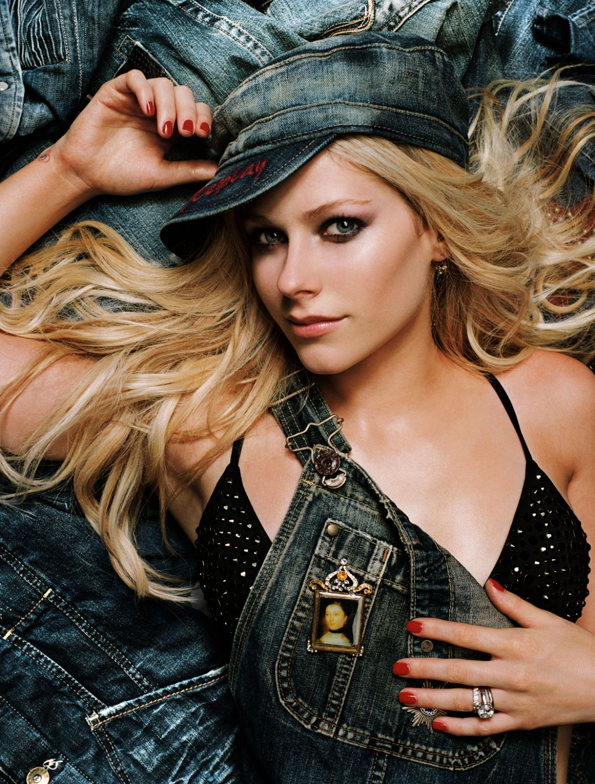 Avril Lavigne 2020 : Avril Lavigne – Vanity Fair Magazine (2006)-05