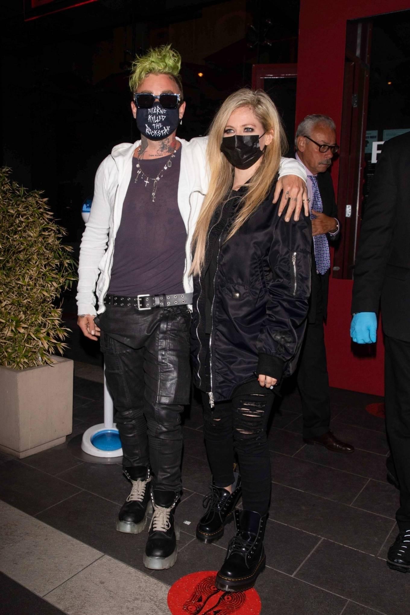 Avril Lavigne 2021 : Avril Lavigne – With Mod Sun seen leaving BOA Steakhouse in Los Angeles-04