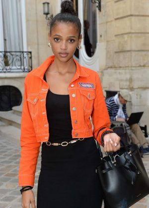 Aya Jones - Jacquemus Fashion Show in Paris