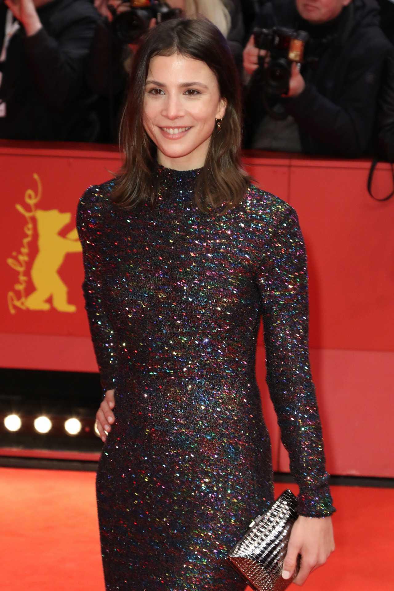 Aylin Tezel - Red carpet 2020 Berlinale Opening Night