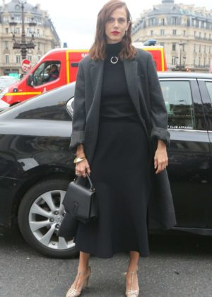 Aymeline Valade – Stella McCartney Fashion Show in Paris