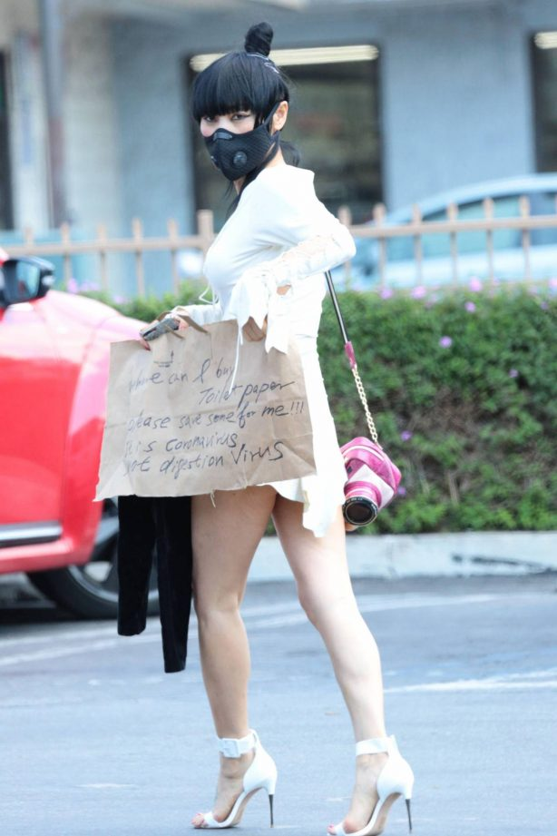 Bai Ling - Send message about digestion coronavirus problem while out in LA