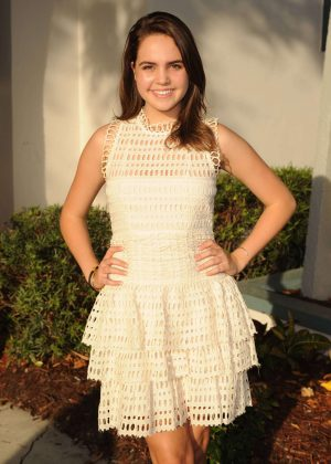 Bailee Madison - 'Annabelle Hooper and the Ghosts of Nantucket' Premiere in Fort Lauderdale