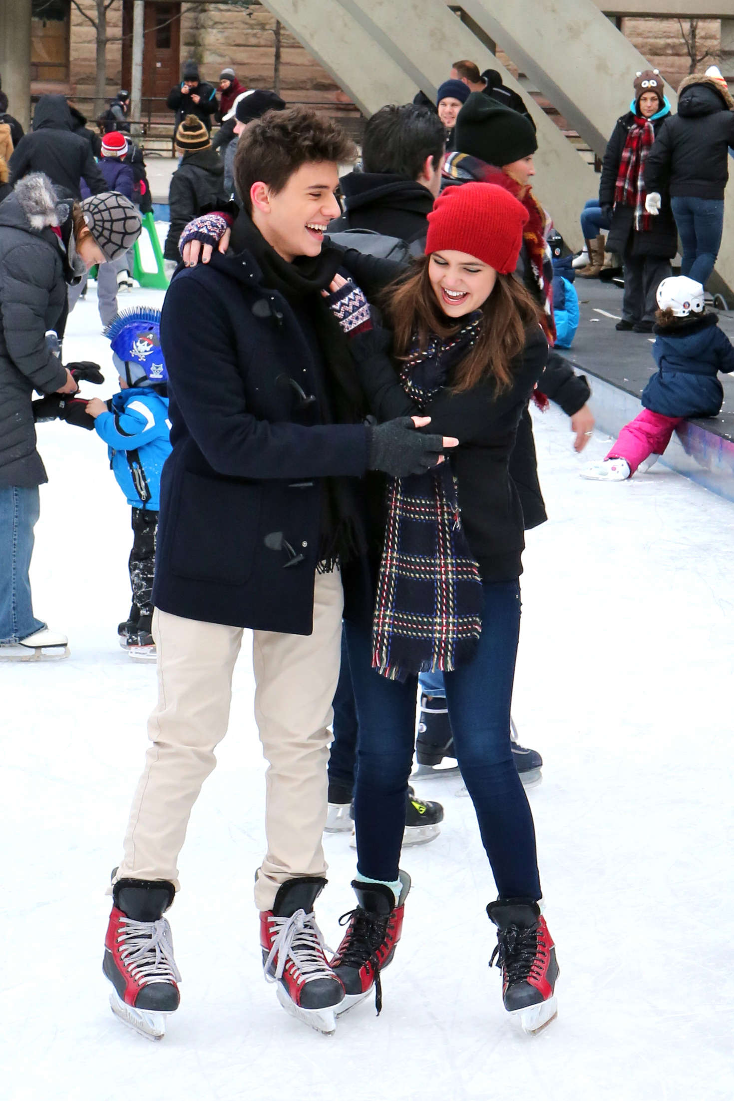 Bailee Madison - Ice skating at Nathan Phillips Square in Toronto