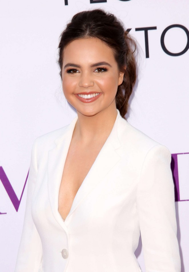 Bailee Madison - 'Mother's Day' Premiere in Hollywood