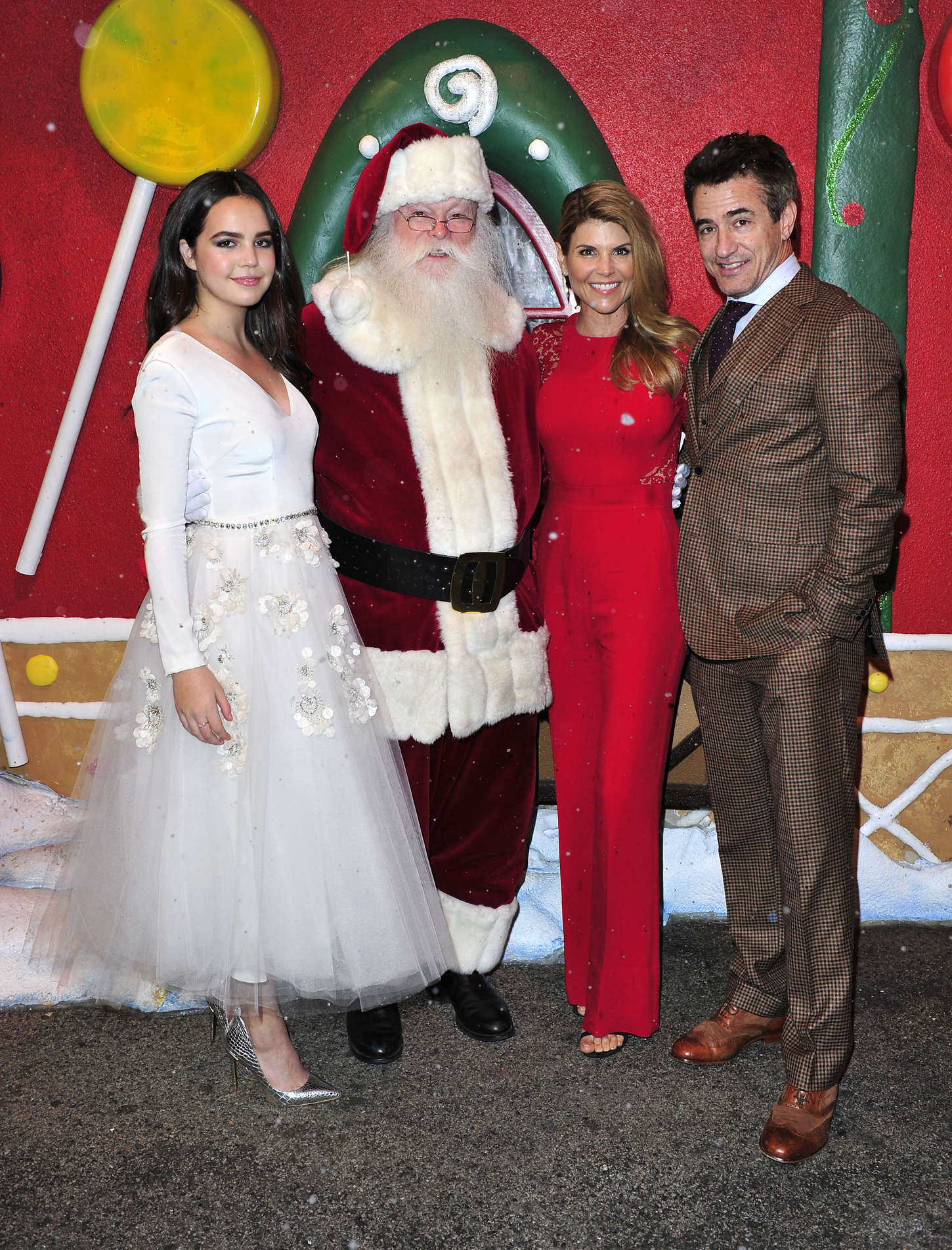 Northpole Open For Christmas.Bailee Madison Northpole Open For Christmas La Screening