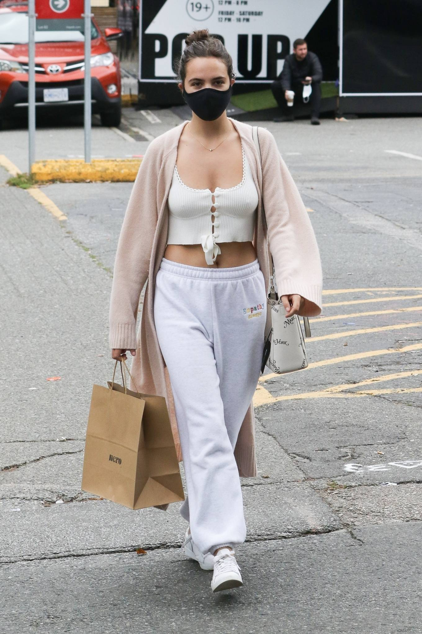 Bailee Madison 2020 : Bailee Madison – Out in Vancouver -01