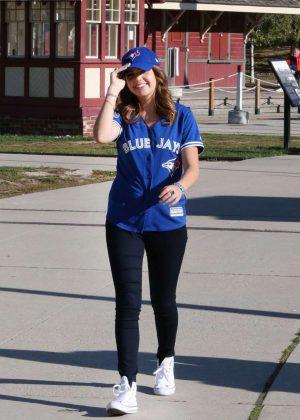 Kelly madison promotes the jack weight handjob exercise - 5 10