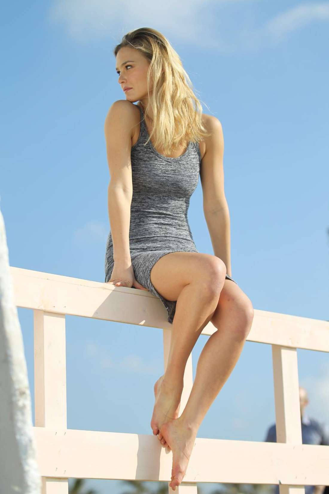 Bar refaeli hoodies summer 2015 collection for Lounge wallpaper 2015