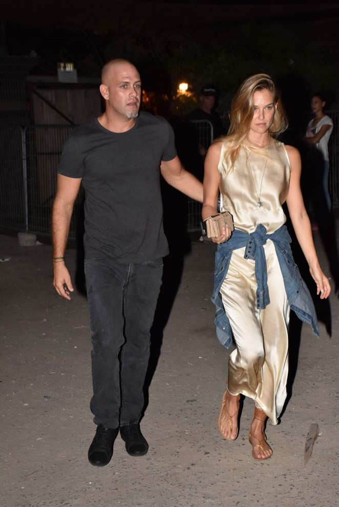 Bar Refaeli - Leaving Orchard Secret Garden Bar in Tel Aviv