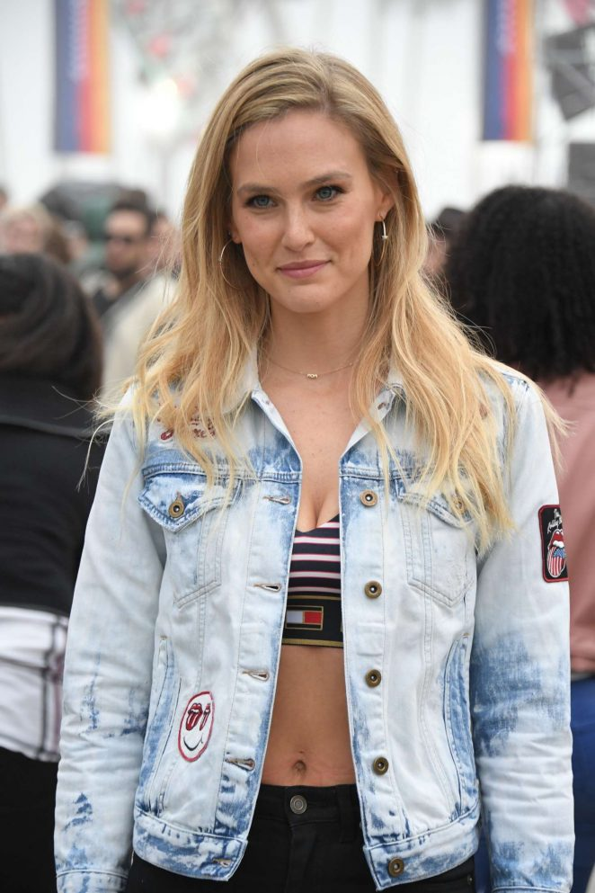 Bar Refaeli – Tommy Hilfiger Spring 2017 Women's Collection in Los Angeles