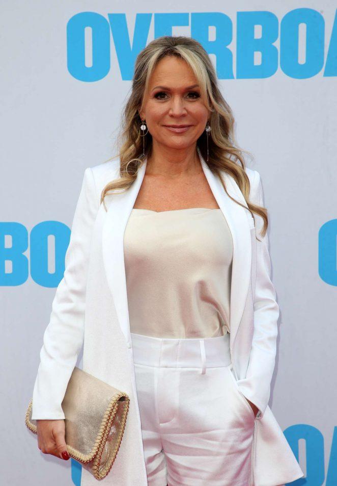 Barbara Alyn Woods - 'Overboard' Premiere in Los Angeles