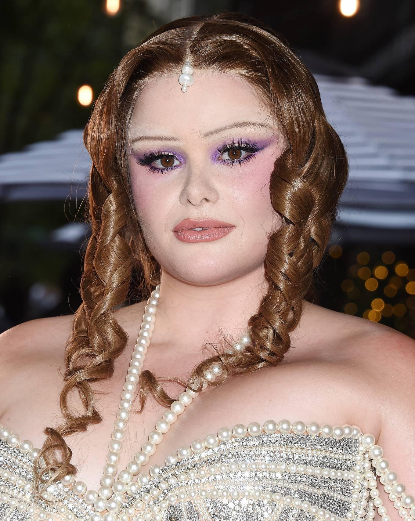 Barbie Ferreira 2021 : Barbie Ferreira – Seen departing The Mark Hotel in New York City for the 2021 Met Gala-06