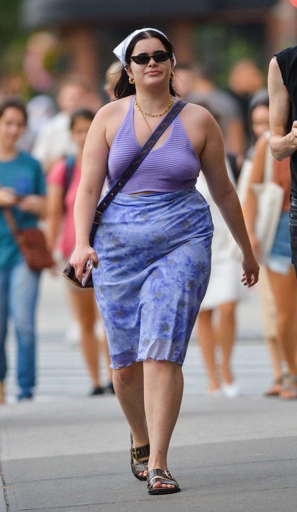 Barbie Ferreira - Walks with a friend in New York