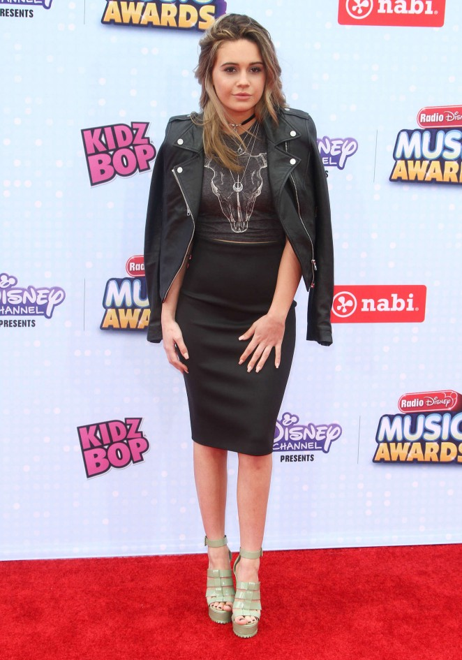 Beatrice Miller - 2015 Radio Disney Music Awards in LA