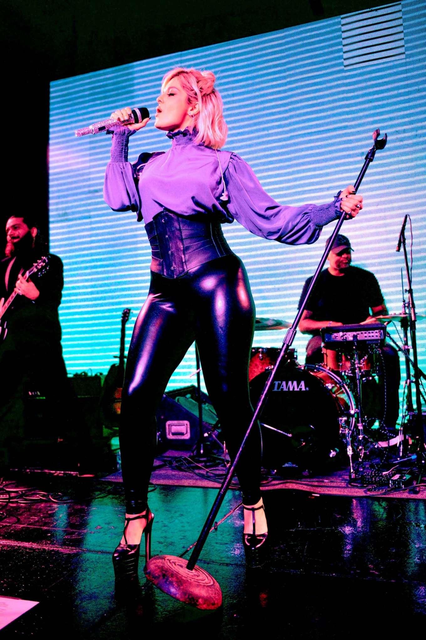 Bebe Rexha 2019 : Bebe Rexha – GLAAD Beyond Spirit Day Concert-01