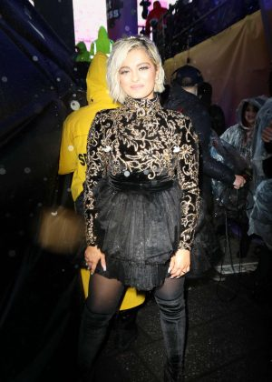 Bebe Rexha - Night out in New York City