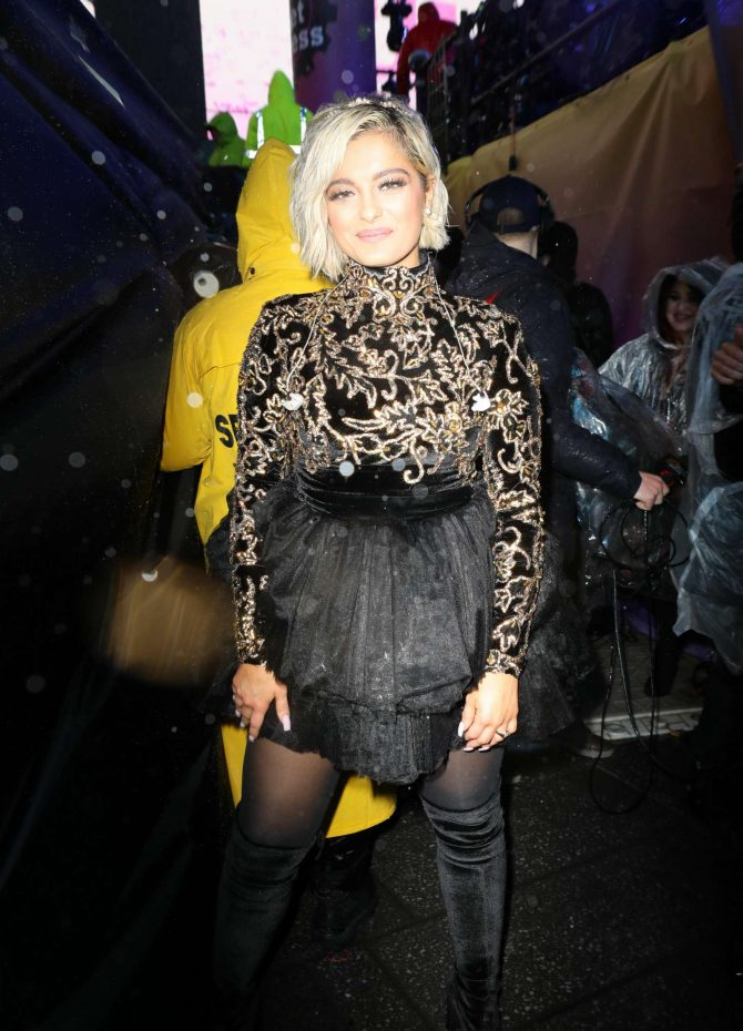 Bebe Rexha – Night out in New York City