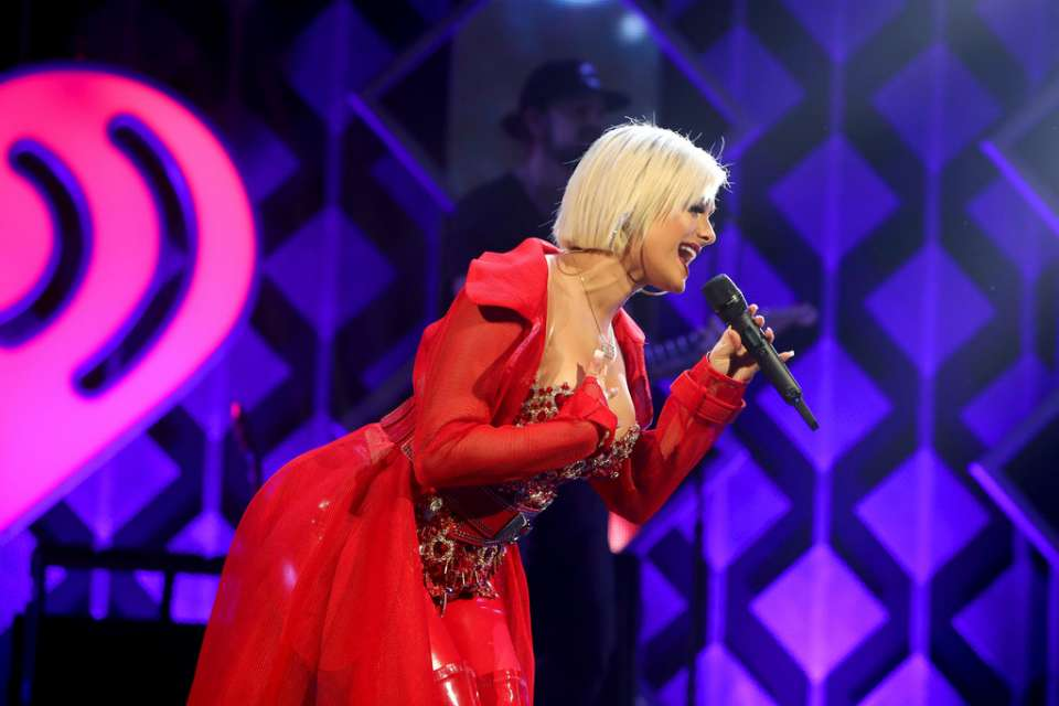 Bebe Rexha 2018 : Bebe Rexha: Performing at iHeart Radio Jingle Ball -01