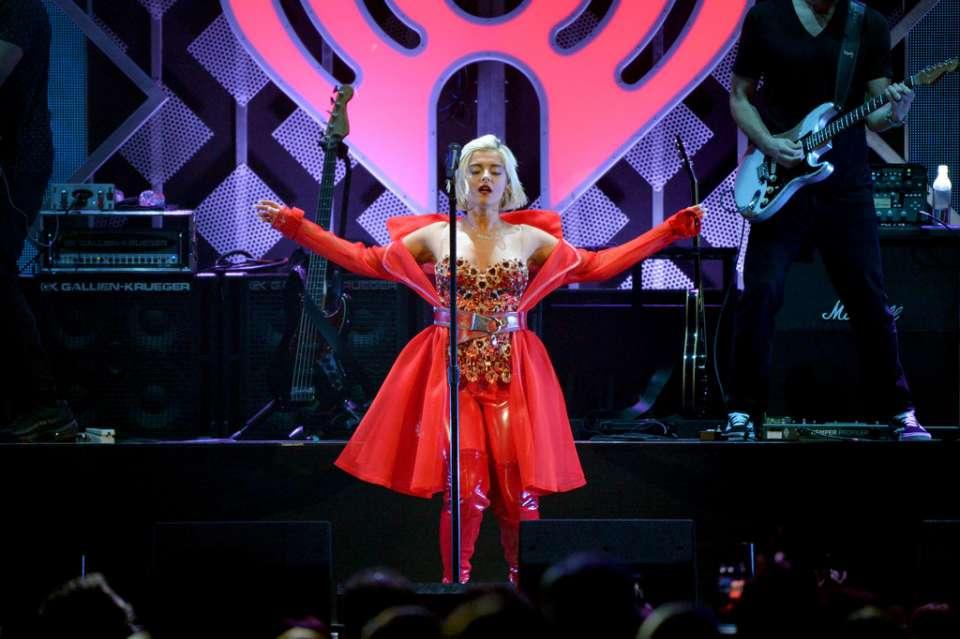 Bebe Rexha 2018 : Bebe Rexha: Performing at iHeart Radio Jingle Ball -04