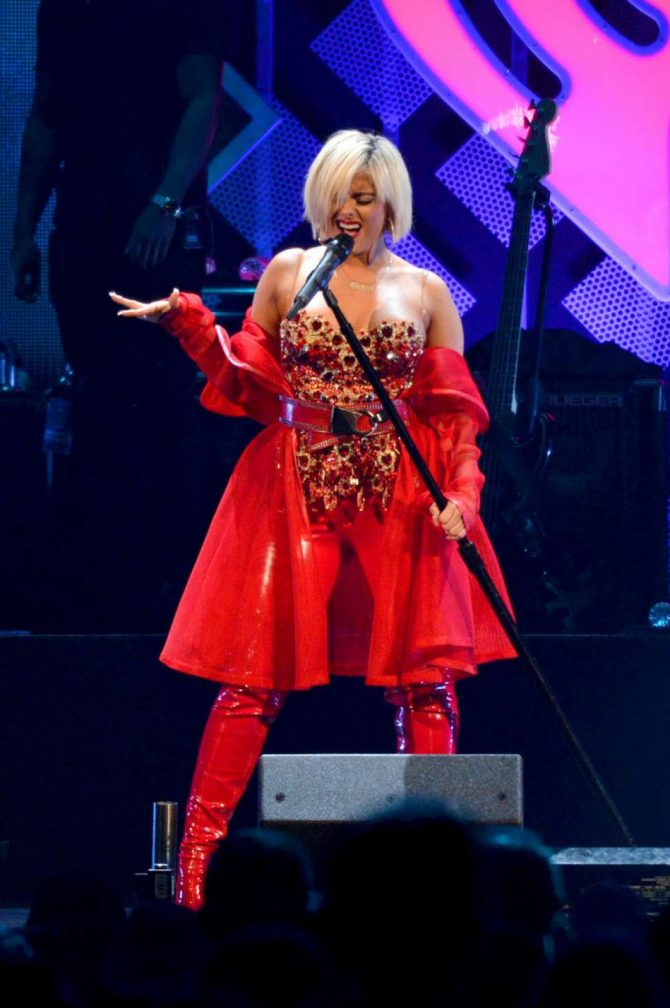 Bebe Rexha – Performing at iHeart Radio Jingle Ball in Washington