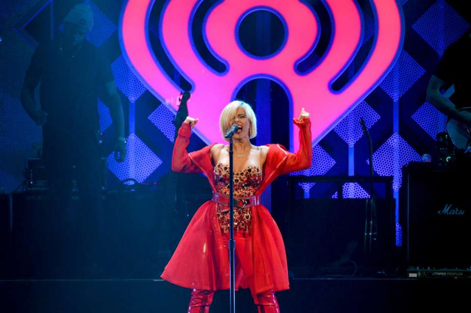 Bebe Rexha 2018 : Bebe Rexha: Performing at iHeart Radio Jingle Ball -11