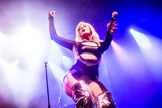 Bebe Rexha - Performing in concert at Fabrique in Milan