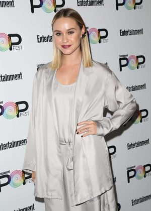 Becca Tobin - Entertainment Weekly PopFest in Los Angeles