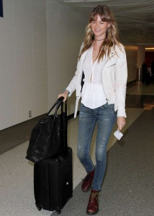 Behati Prinsloo Booty in Jeans at LAX -01