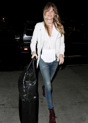 Behati Prinsloo Booty in Jeans at LAX -03