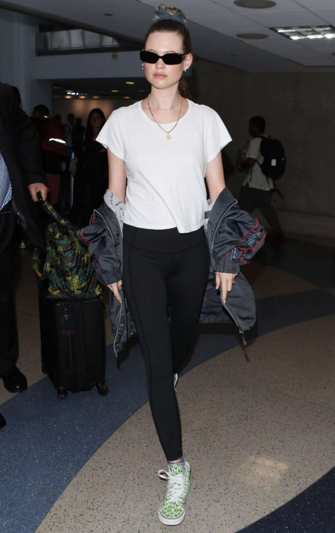 Behati Prinsloo - Seen at LAX Airport In Los Angeles