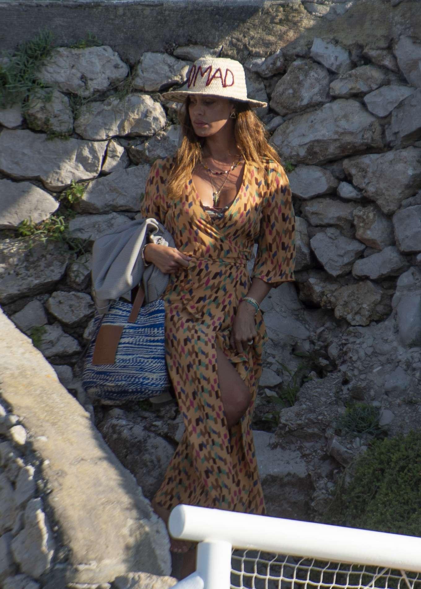 Belen Rodriguez 2019 : Belen Rodriguez – On a Vacation in Capri-05