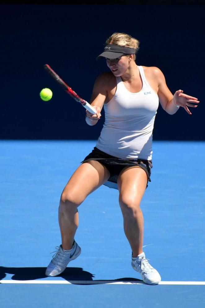 Belinda Bencic - 2018 Australian Open Grand Slam in Melbourne - Day 3